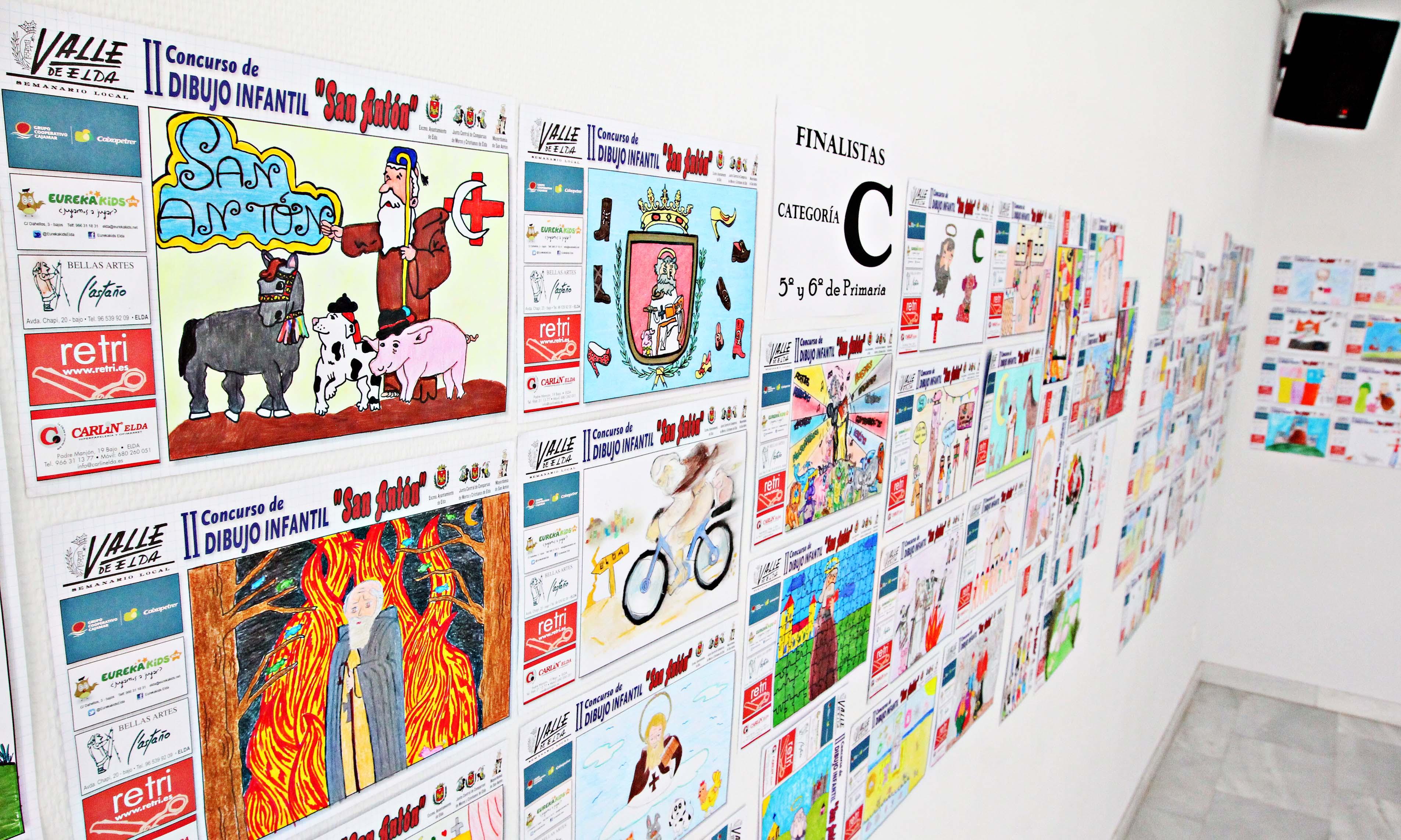 La sede de la Junta Central de Comparsas acoge la exposición de los dibujos del Concurso Sobre...