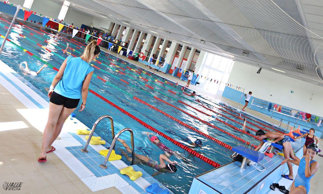 Petrer reabre la piscina de san fernando tras realizar for Piscina san fernando