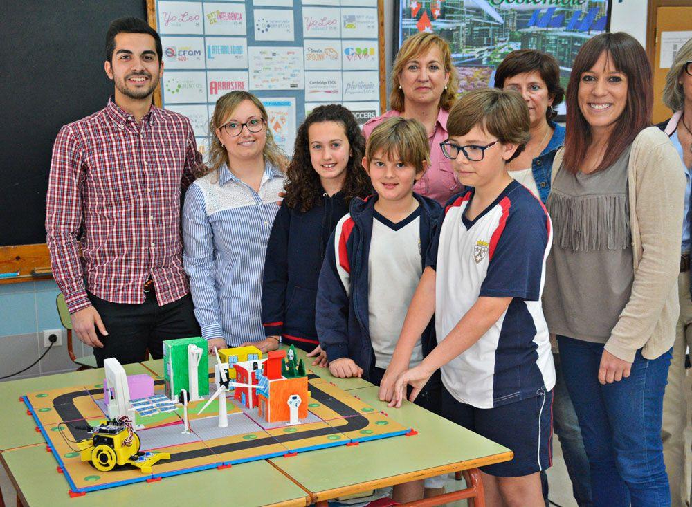 Los alumnos de las Carmelitas diseñan una ciudad sostenible aplicando las nuevas tecnologías