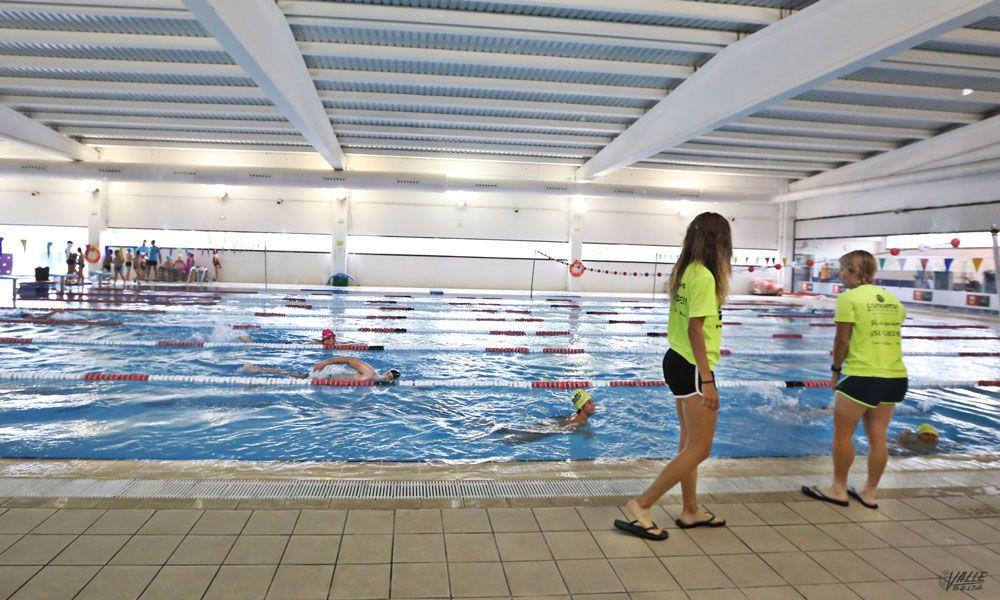 La piscina cubierta nacho gil registr usos la for Piscina municipal los cristianos